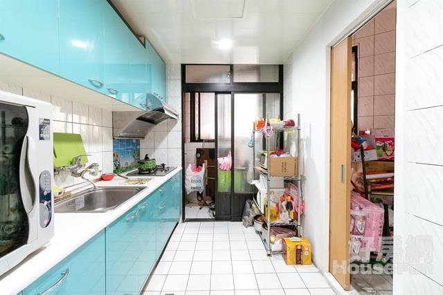 國小旁優質美寓 近板橋車站環球百貨活巷方正3房