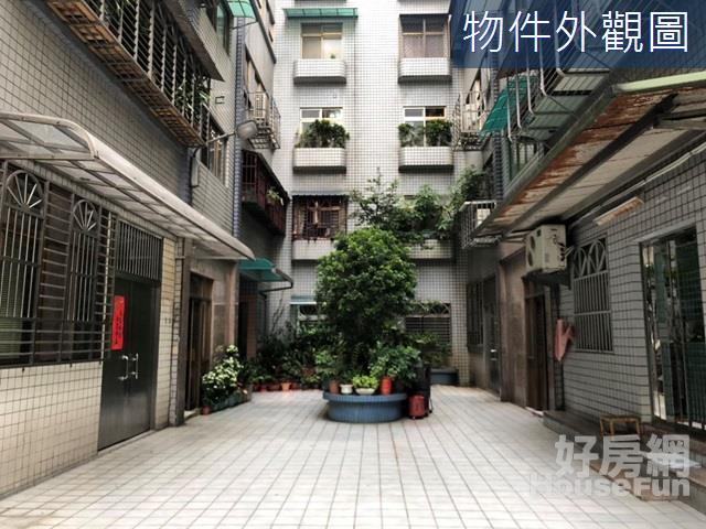 江翠邊間電梯四房 格局方正邊間三面採光前後陽台