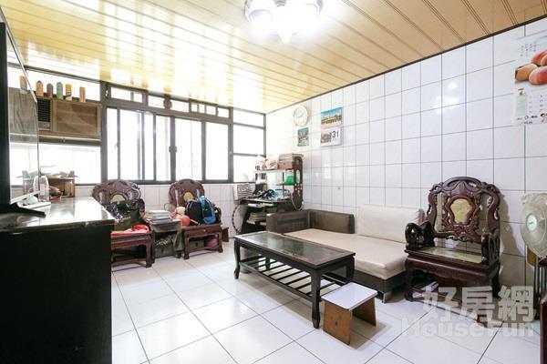 新埔捷運首購公寓 近捷運新埔站、環狀新埔民生站