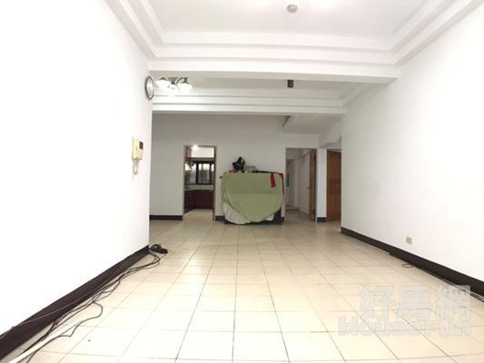 寧靜慢活樓中樓 離板橋車站近,屋況好使用空間大