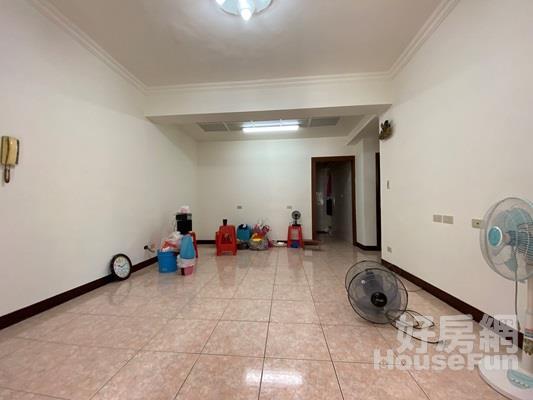 三民方正公寓 公寓三樓近公園