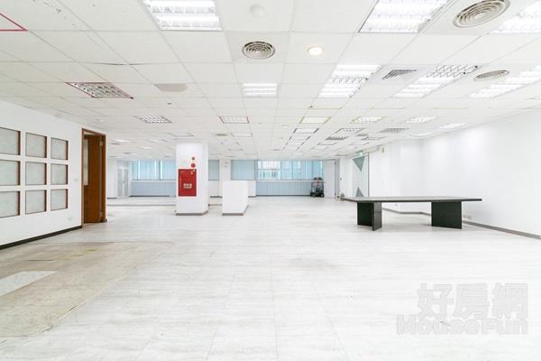 亞東捷運廠辦7樓 近亞東捷運站,稀有大坪數廠辦