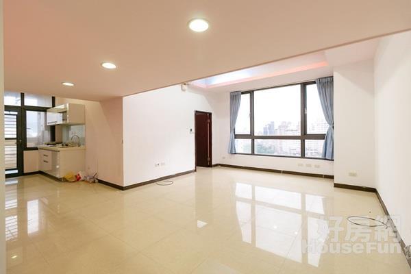 特區F1景觀大戶 新板車站海山學區採光高樓裝潢佳