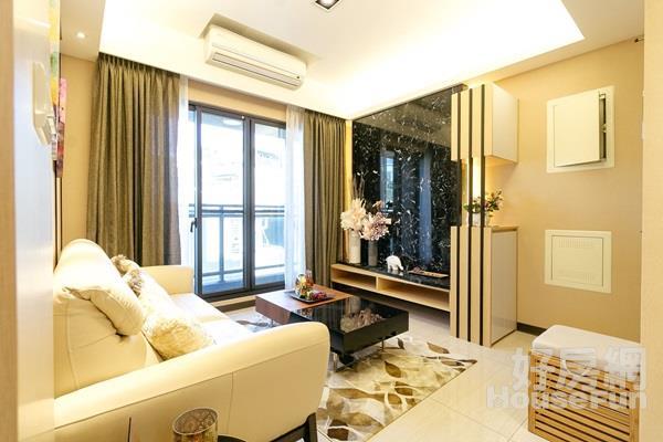板橋小資裝潢兩房 邊間通風且房間廁所皆有窗戶。